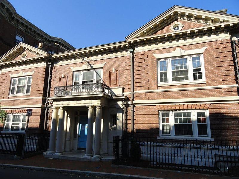 Finals Clubs Harvard, Harvard Finals Clubs, Delphic Club at Harvard