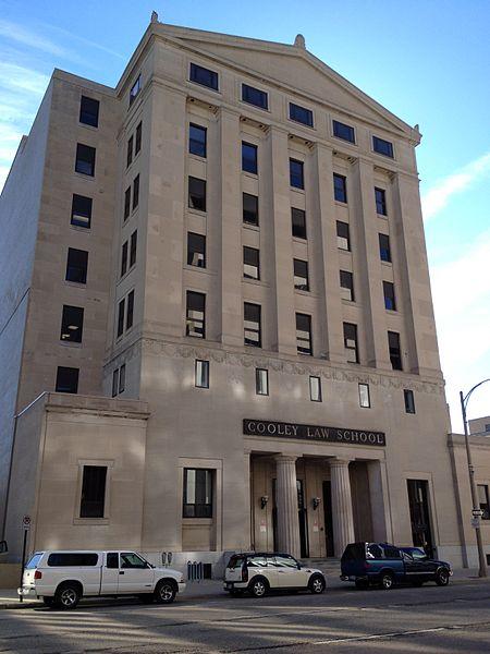 Michael Cohen Law School, Law School, Admission to Law School